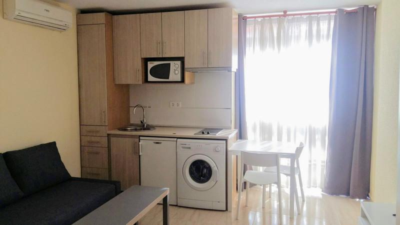 1 Bedroom Middle Floor Studio for Rent, Benalmadena