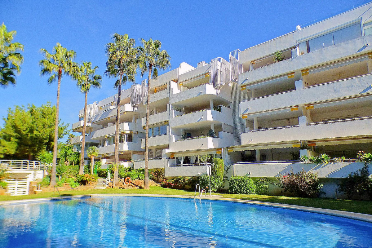 Very spacious corner apartment with 2 bedrooms, 2 bathrooms, laundry room,  61sq/metres of terraces,, Spain
