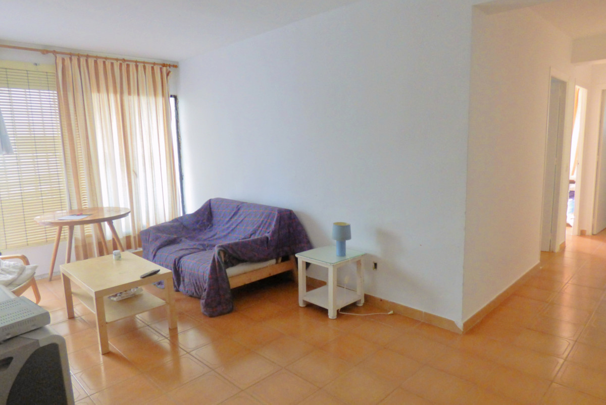 Appartement te koop in New Golden Mile R3264364