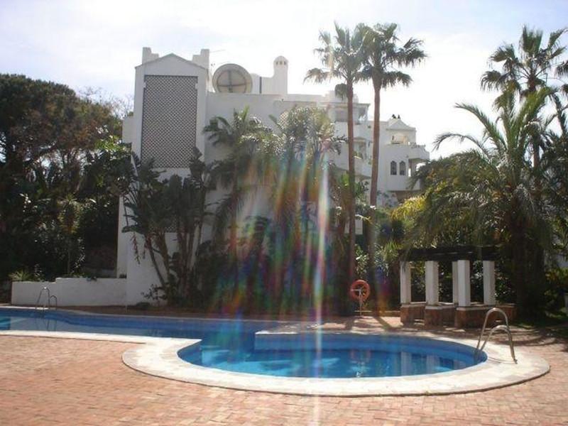 Moyen étage Appartement à vendre à Marbella - R3457288