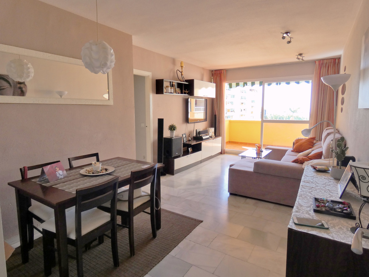 Nice property in Marbella center. Property in the center of Marbella with sea views. Bright south fa, Spain