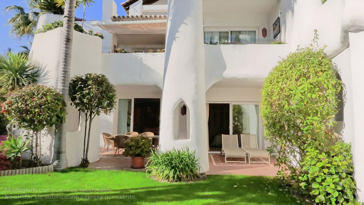 Apartment  Ground Floor 													for sale  																			 in Puerto Banús