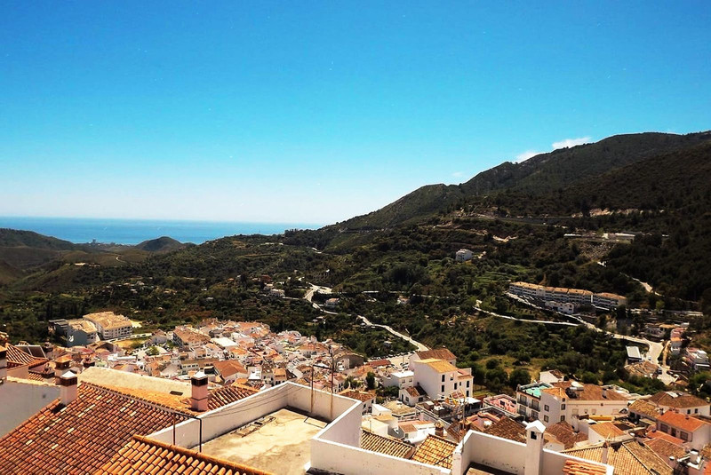 Marbella Banus Apartamento Planta Media en venta en Ojén – R3397417