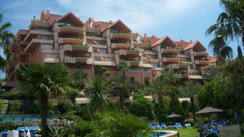 Espectacular and bright apartment , totally furnished, 2 bedroom, 2 bathroom (one of them in suite) , Spain