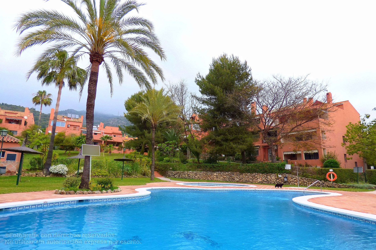 Large duplex apartment in  Xarblanca area in  a very consolidated complex. The apartment cosists of,, Spain