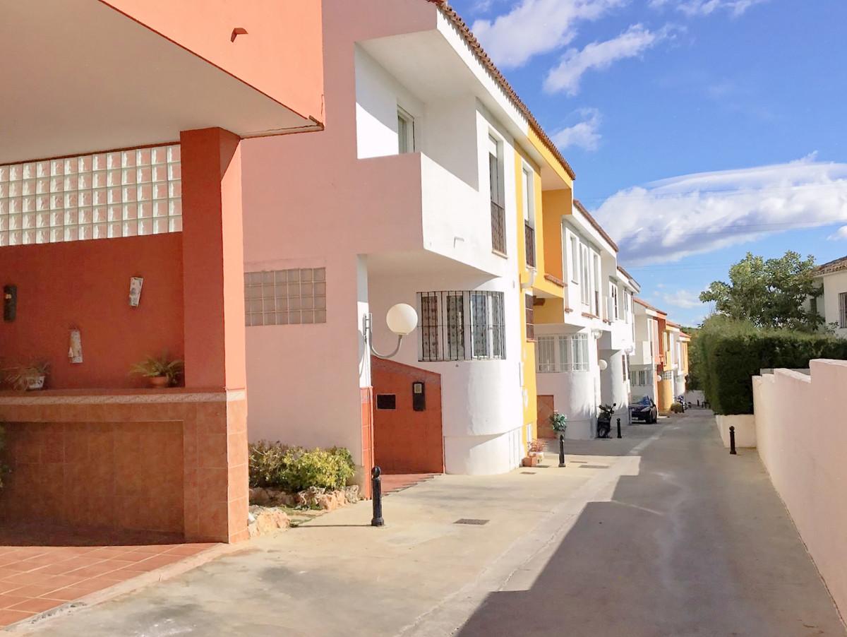 Semi-Detached House in Marbella