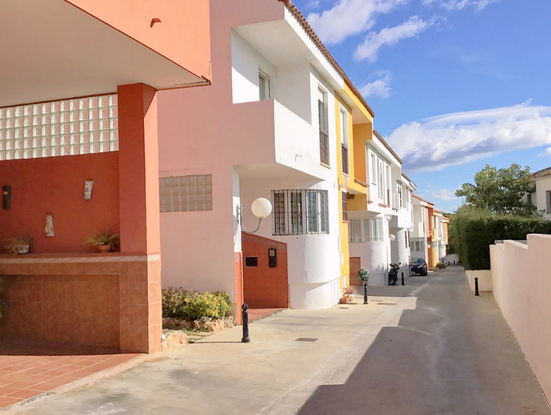 Semi-Detached House - Marbella - R3312589 - mibgroup.es