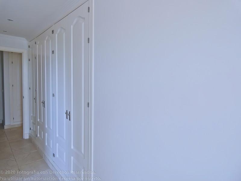 Apartamento Planta Media en venta, Estepona – R3300700