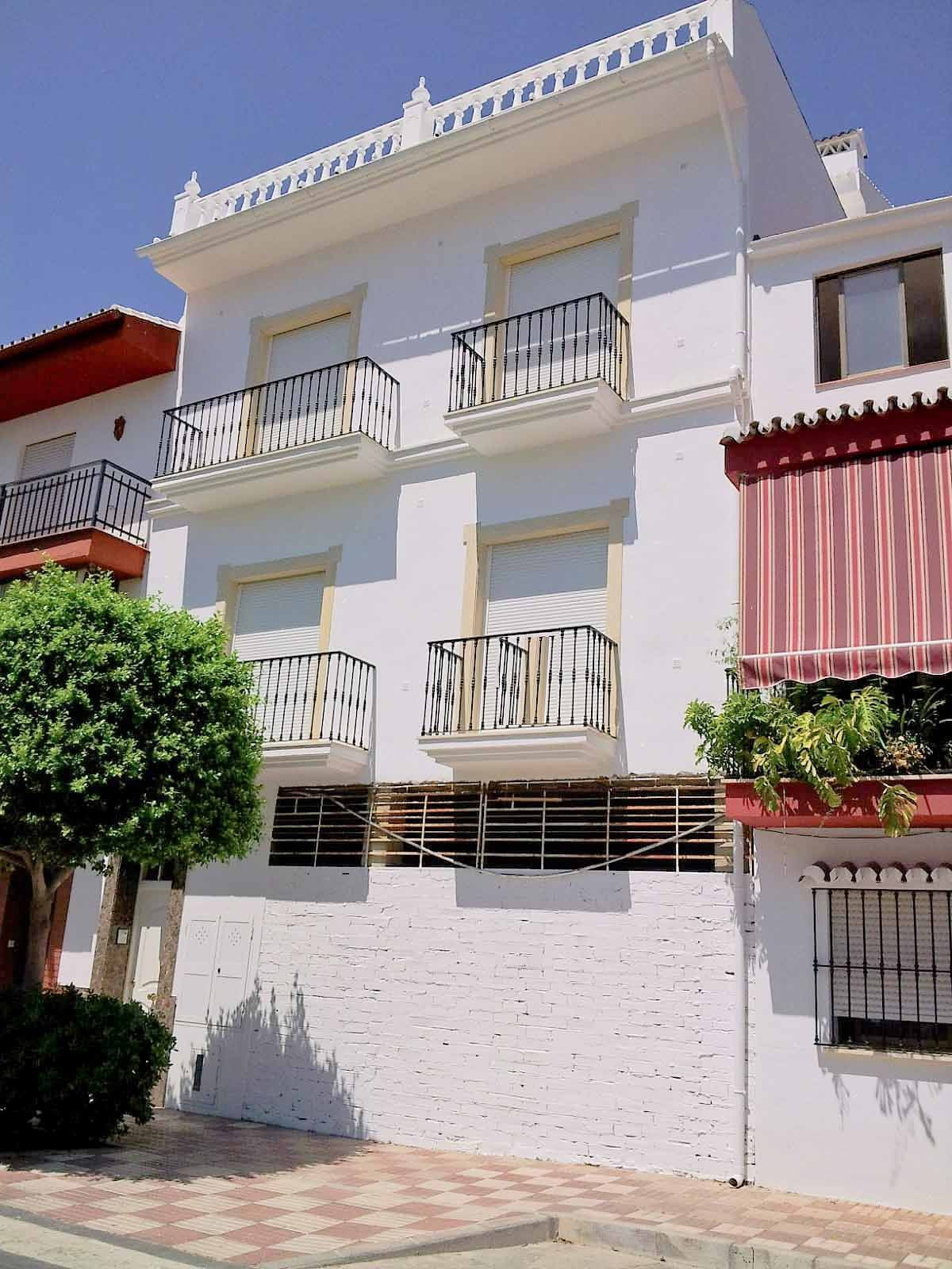 3 bedroom apartment for sale monda