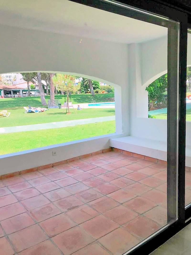 Apartamento Planta Baja en venta en Marbella – R3165502