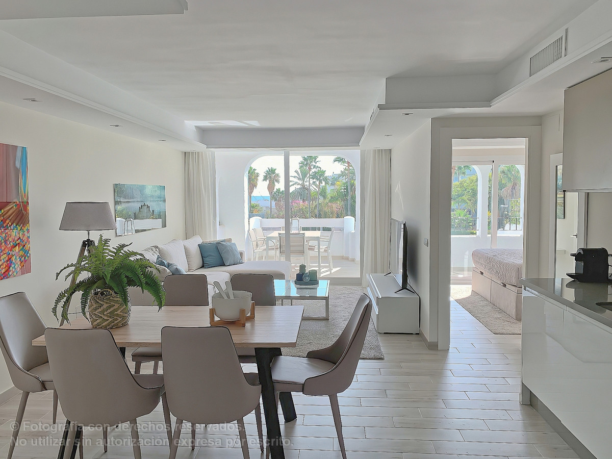 Spectacular apartment in an exclusive and luxury private urbanization a few steps from Puerto Banus ,Spain