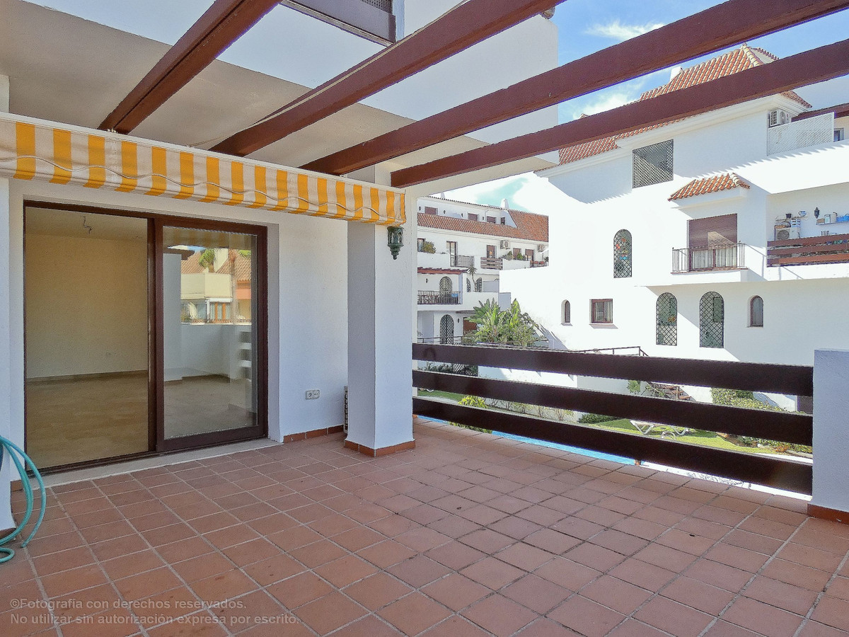 Financing available up to 100%.  Magnificent three bedroom apartment with two bathrooms and guests t,Spain
