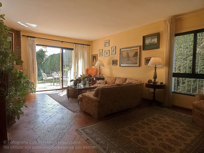 Villa – Chalet en venta en Marbella – R3327721