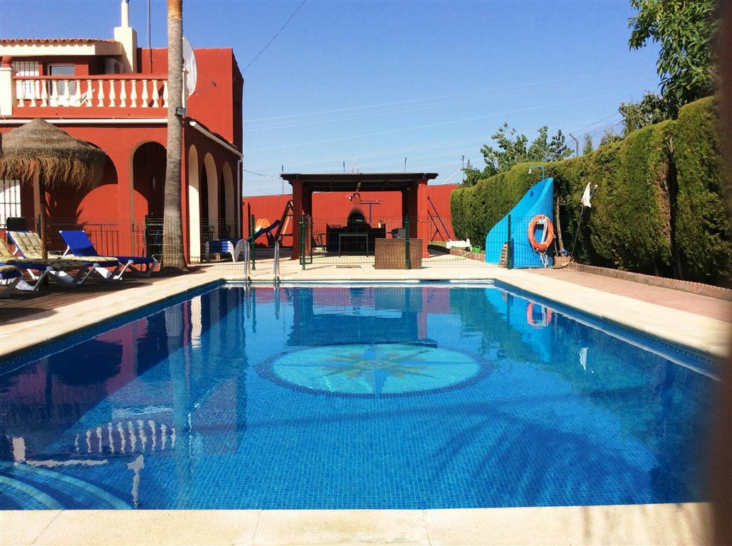 FIVE  BEDROOM VILLA  + 2 BEDROOM  SELF CONTAINED BUNGALOW, WITH RURAL TOURISM LICENSE   This lovely , Spain
