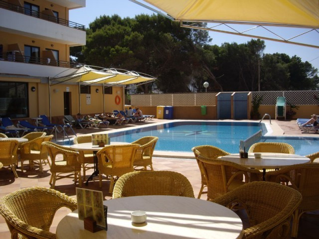 We have hotels for sale in different capacities and prices in Mallorca. Please take note that in mos, Spain