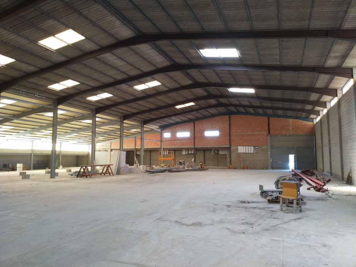 Industrial Warehouse for sale in the center of Mallorca, on a plot of 4,270m2, this Nave of about 3,,Spain