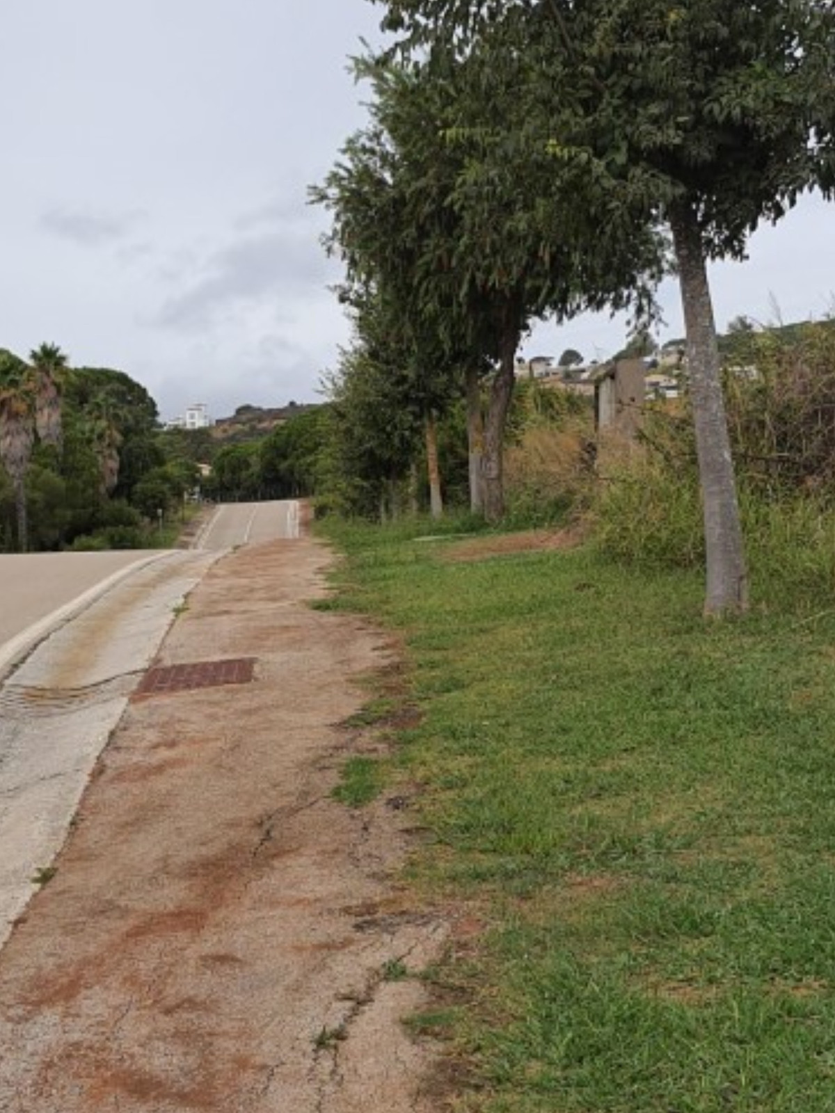 An Opportunity to buy 2 residential plots next to each other or to purchase them separately.  They a,Spain