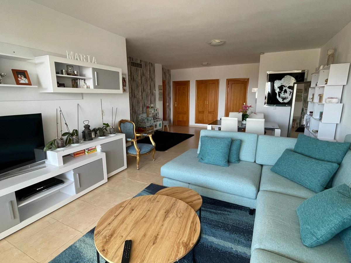 Apartamento Planta Media en Selwo, Costa del Sol