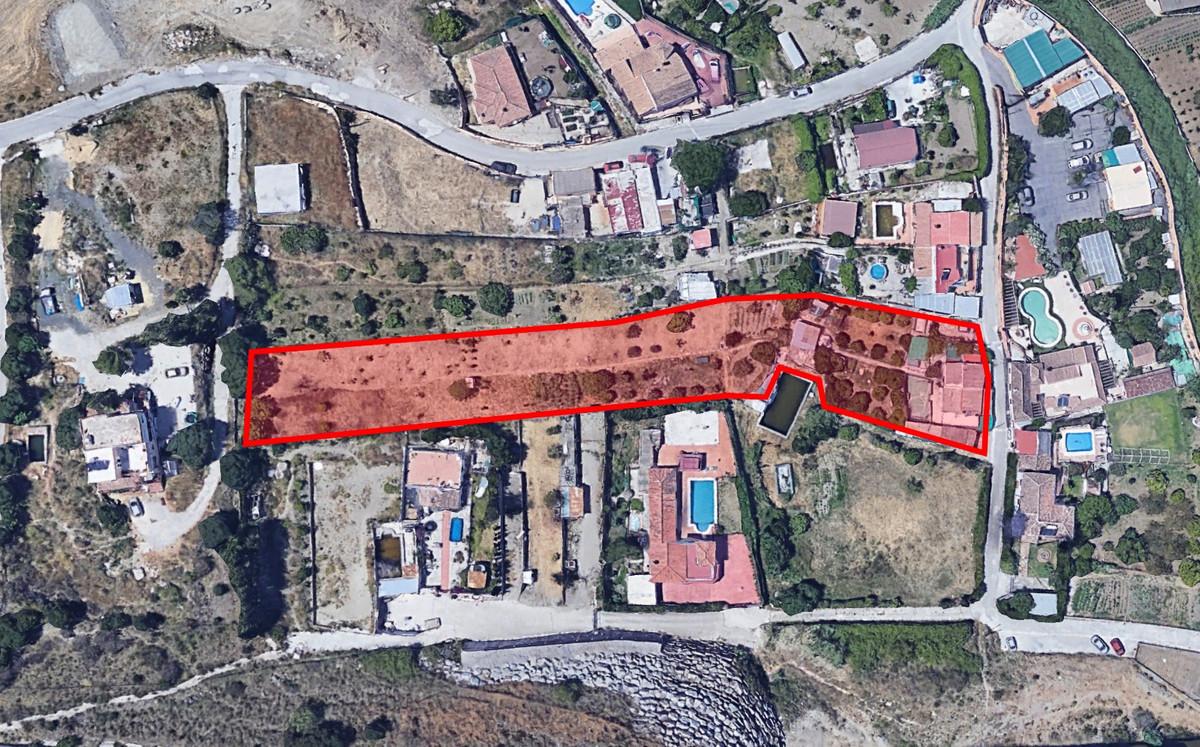 Finca - Cortijo na sprzedaż w Estepona R3836578