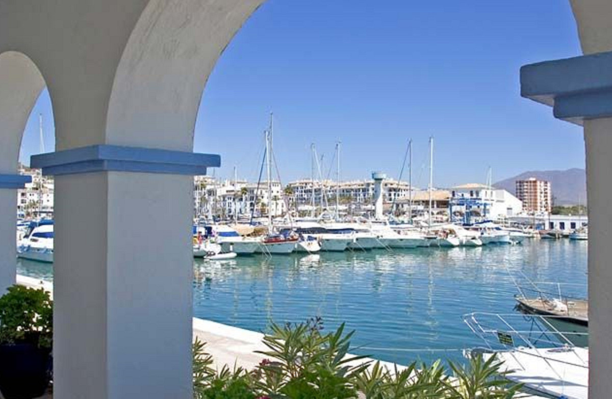 1 Bedroom Apartment for sale Estepona