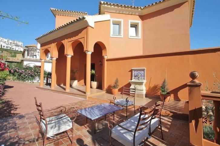 Villa – Chalet en Venta en Los Arqueros – R904814
