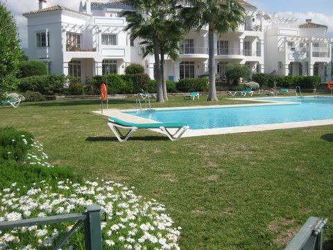 GREAT HOUSE OF 170 M2 AND TERRACE OF 40 M2 WITH PRIVATE GARDEN OF 54 M2, 4 bedrooms with fitted ward,Spain