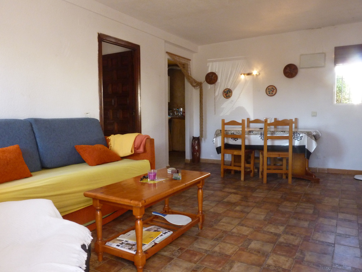 Magnificent one-bedroom apartment and a bathroom located in the urbanization of the Pueblo Mexicano.,Spain