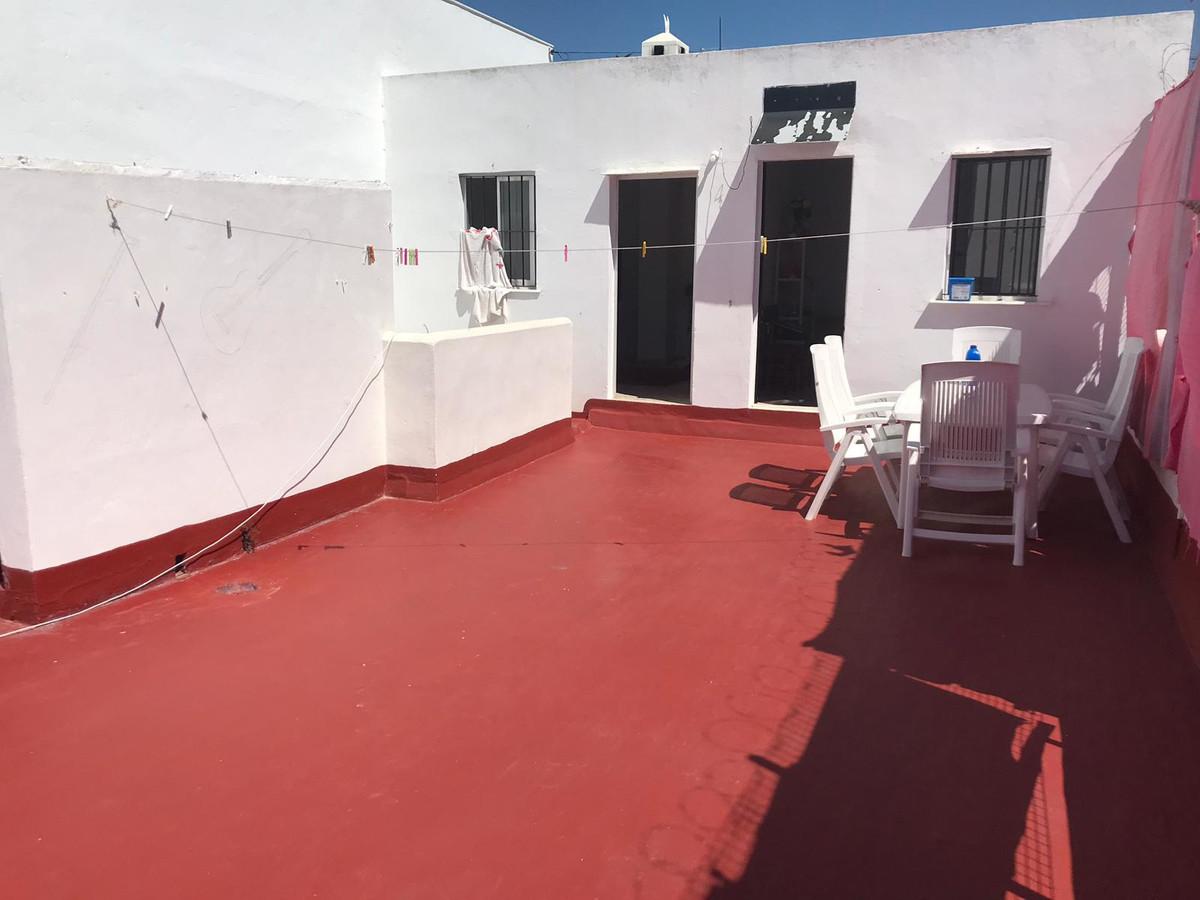 House - Estepona - R3442207 - mibgroup.es