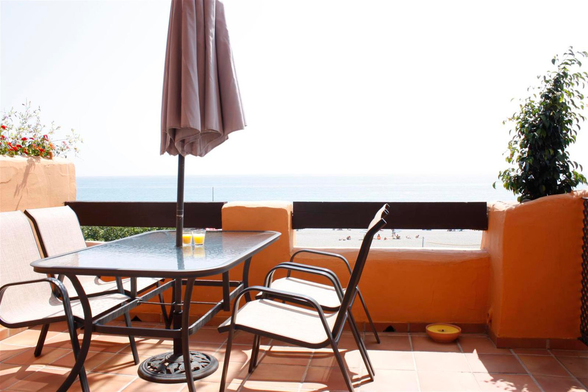 Luxury apartment on the beach ( 10 meters ) , just across the sea and with direct views from its lar,Spain