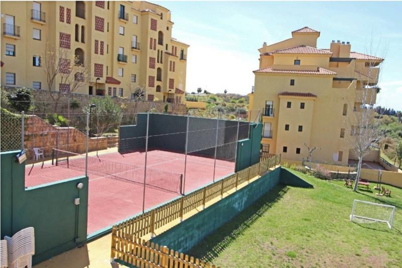 Apartamento Planta Media en venta en Selwo – R3198724