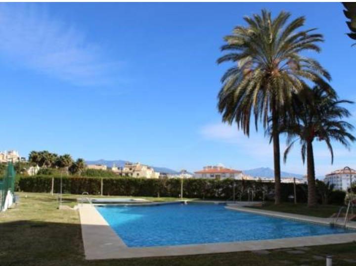 Middle Floor Apartment, Estepona, Costa del Sol. 2 Bedrooms, 2 Bathrooms, Built 88 m², Terrace 12 m²,Spain