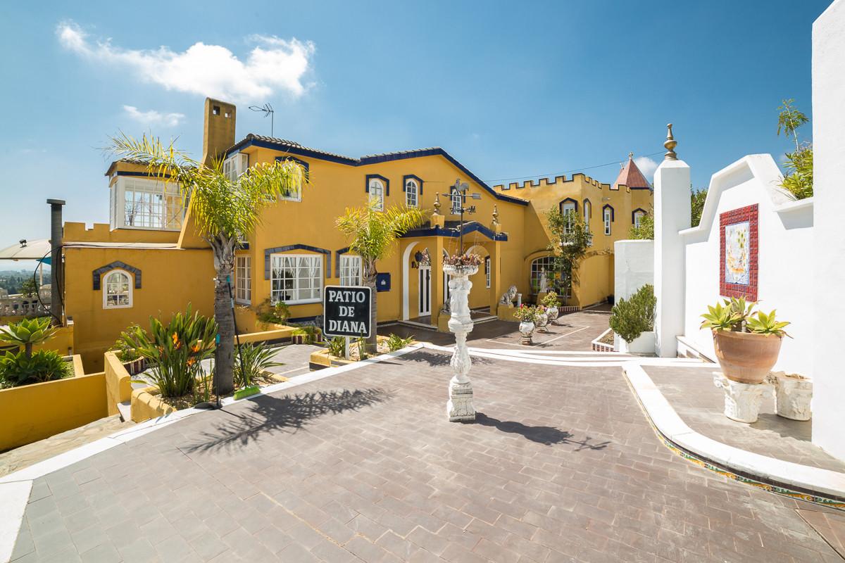 Villa 7 Dormitorios en Venta Benahavís