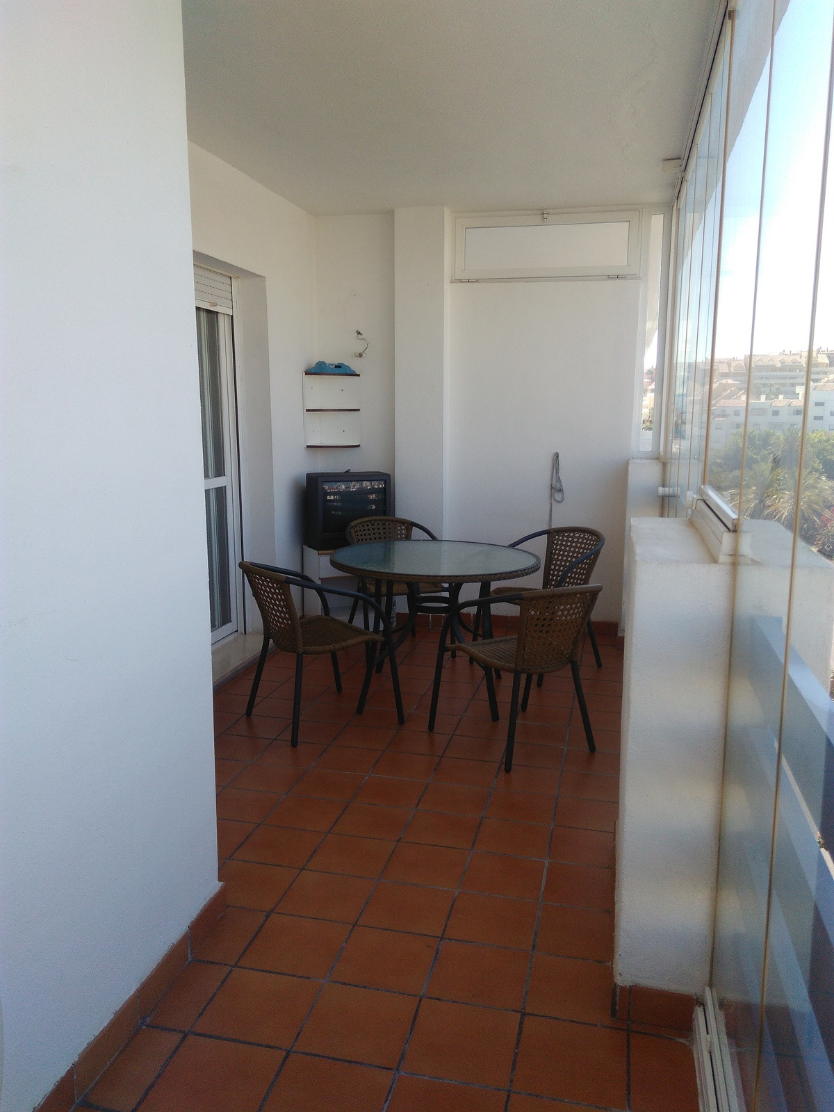 EXCELLENT OPPORTUNITY TO LIVE A FEW STEPS FROM THE SEA. THE BEST LOCATION YOU CAN FIND. GARAGE AND W,Spain