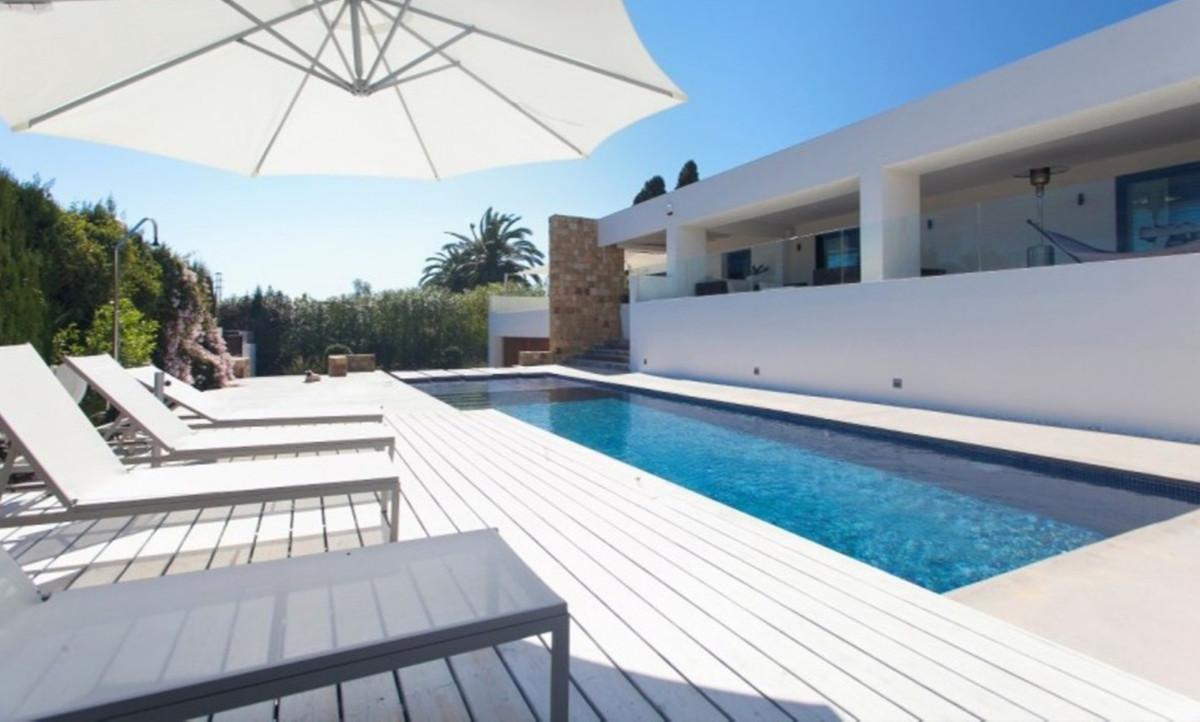 Detached Villa for sale in Guadalmina Alta R2695958