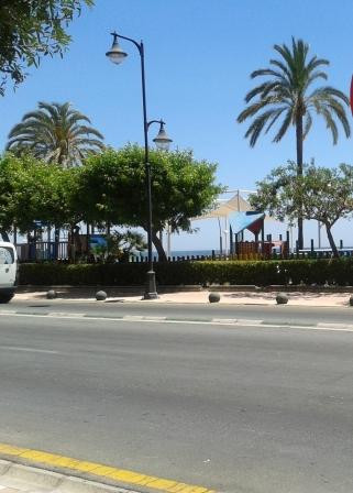 LOCAL OF LARGE SIZE -  457 M2- LOCATED IN A PRETTY COMMERCIAL AREA IN FRONT OF ESTEPONA PROMENADE  B,Spain