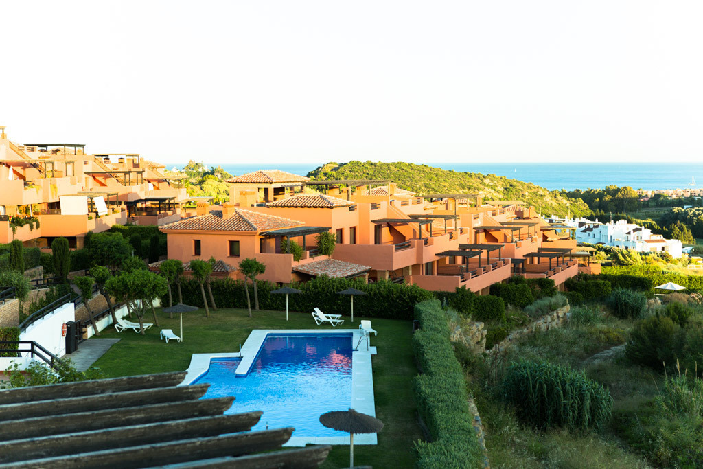 Magnificent penthouse with sea views and south-west facing golf course, 105 m² plus 48 m² terrace. C, Spain