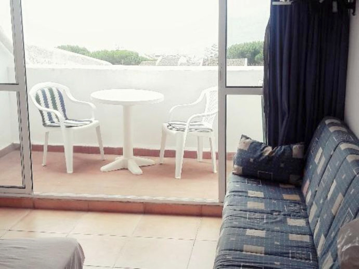 House in Estepona R3539116 4