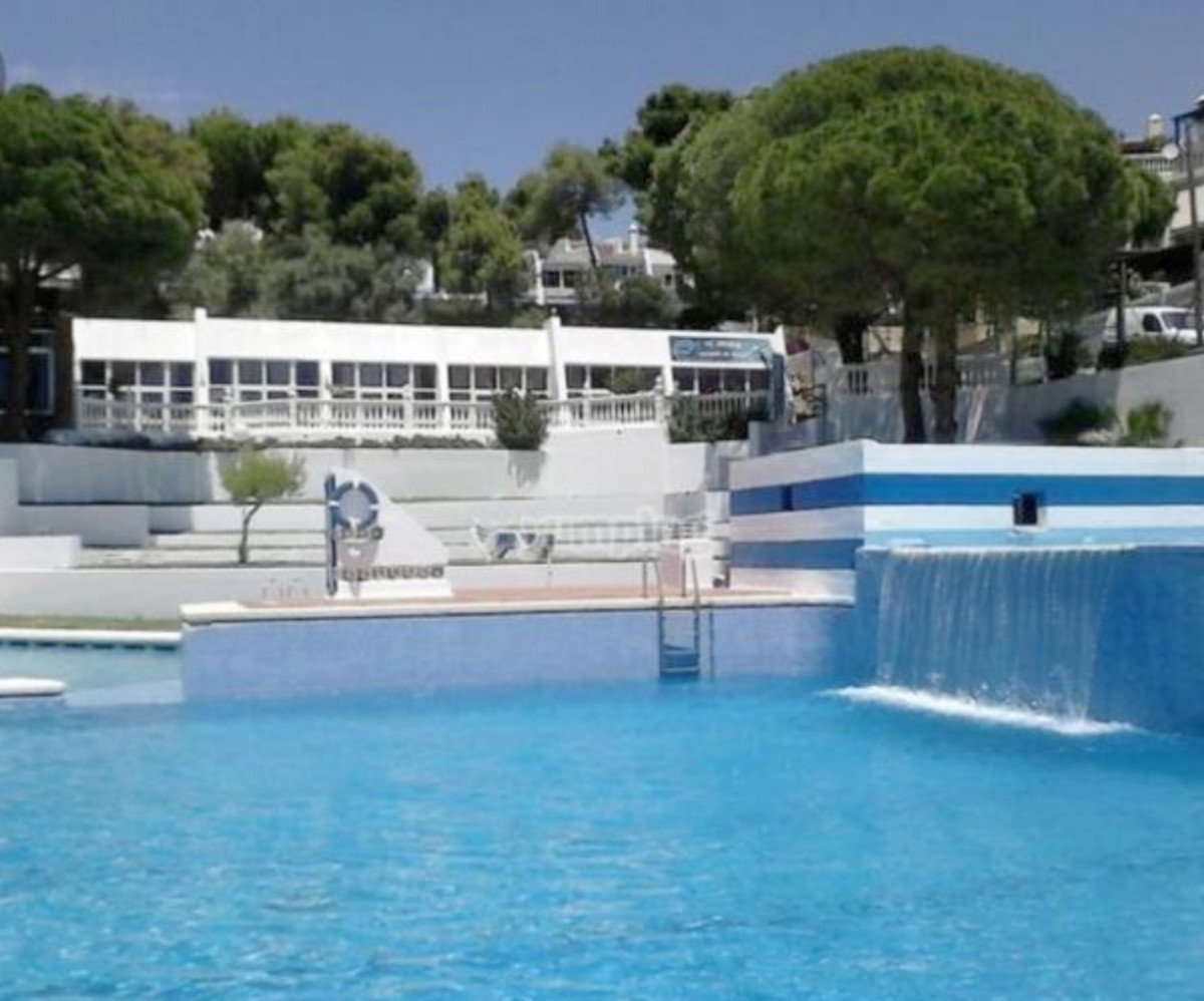 House in Estepona R3539116 8