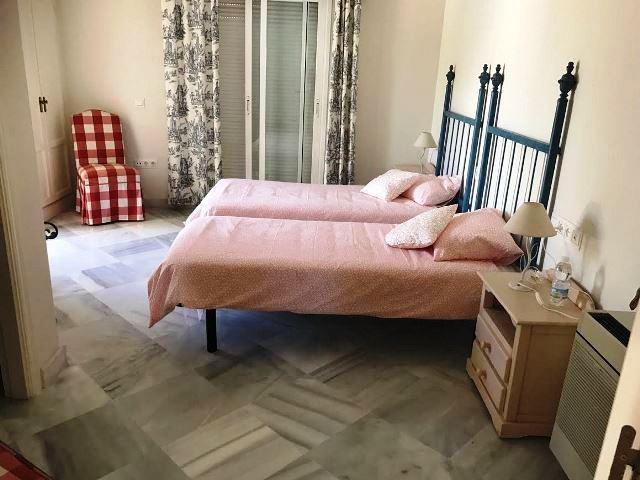 Villa – Chalet en Venta en Guadalmina Baja – R2922383