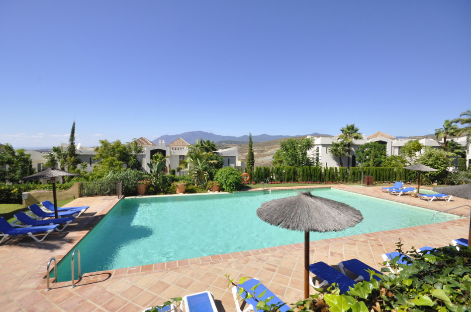 The apartment of 165m2 is located  in a 5 star urbanization on a hill and literally surrounded by 4 ,Spain