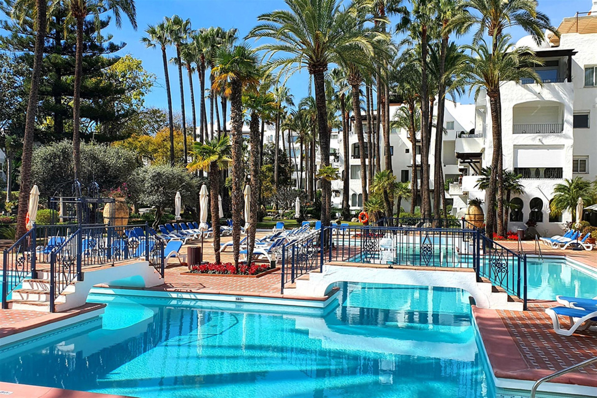 A Penthouse apartment in the famous residential complex La Alcazaba, located just 400 meters from th,Spain