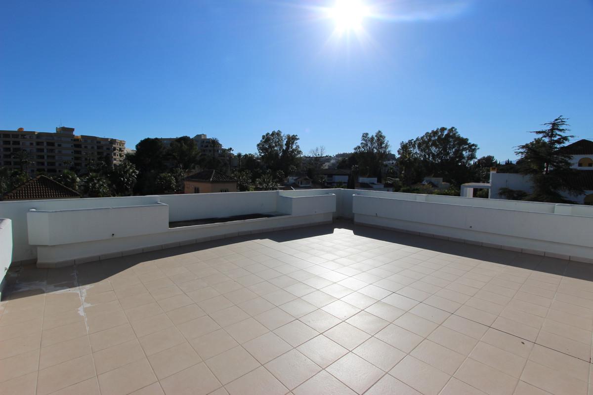 R3124705: Villa in Nueva Andalucía