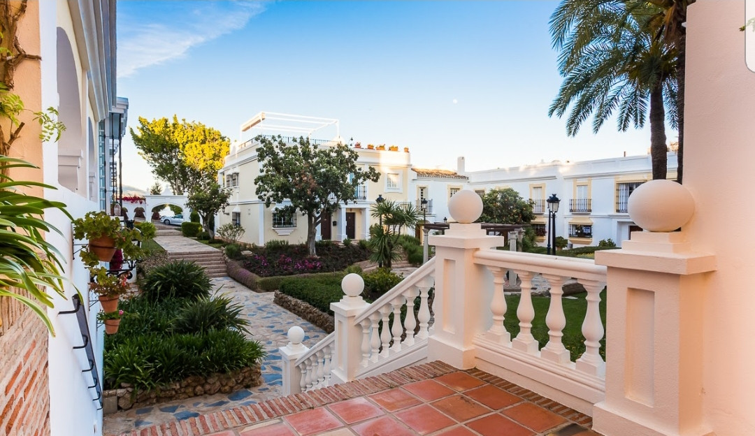 Beautiful 2 bedrooms duplex apartment with possibility for a third bedrooms, located within a develo,Spain
