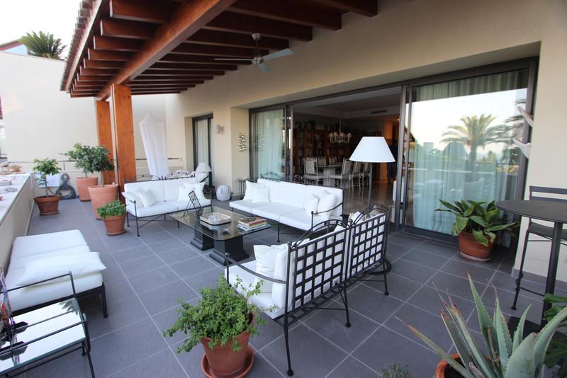 Se vende Apartamento Planta Media, Sierra Blanca – R3216460