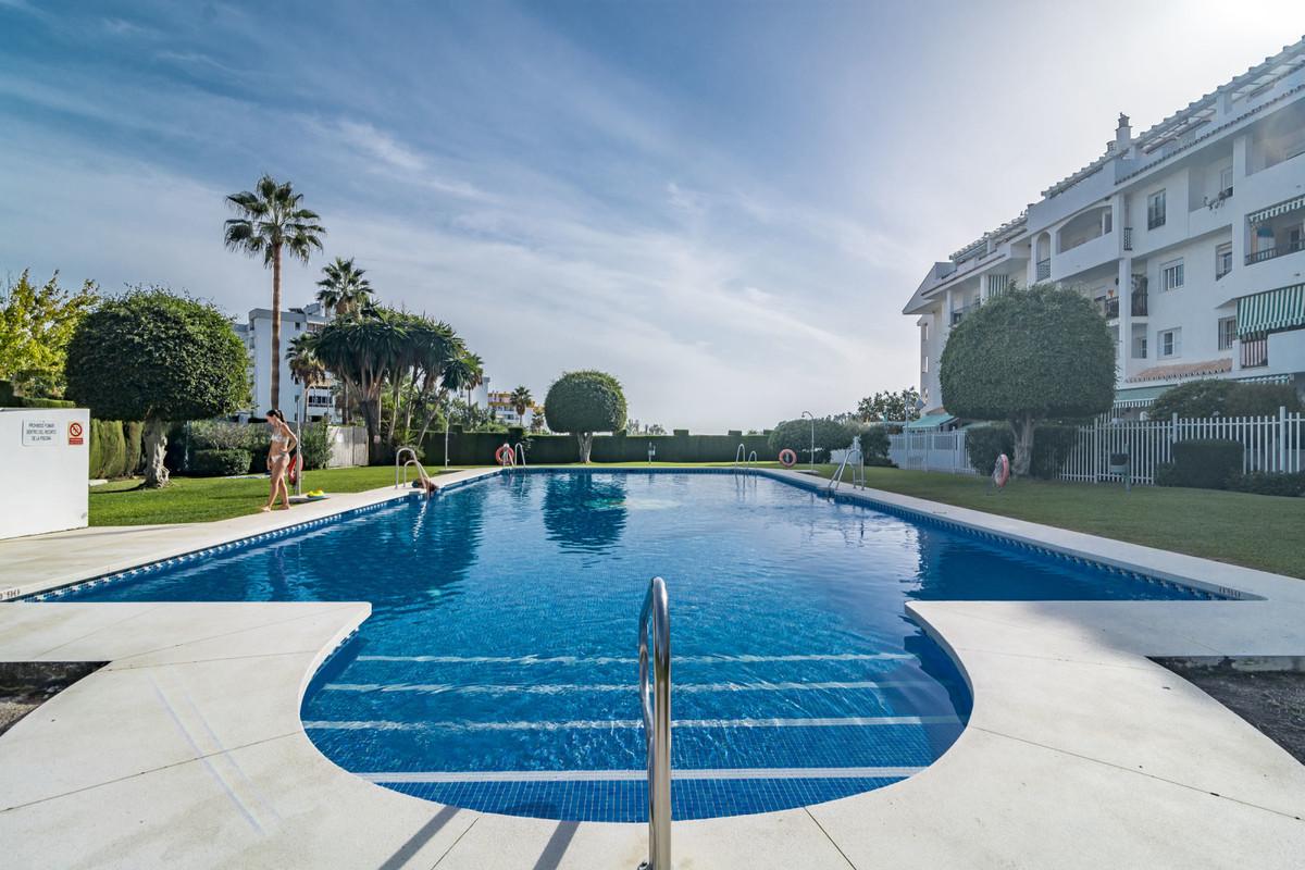 Marbella Banus Ático en venta en La Campana – R3609317