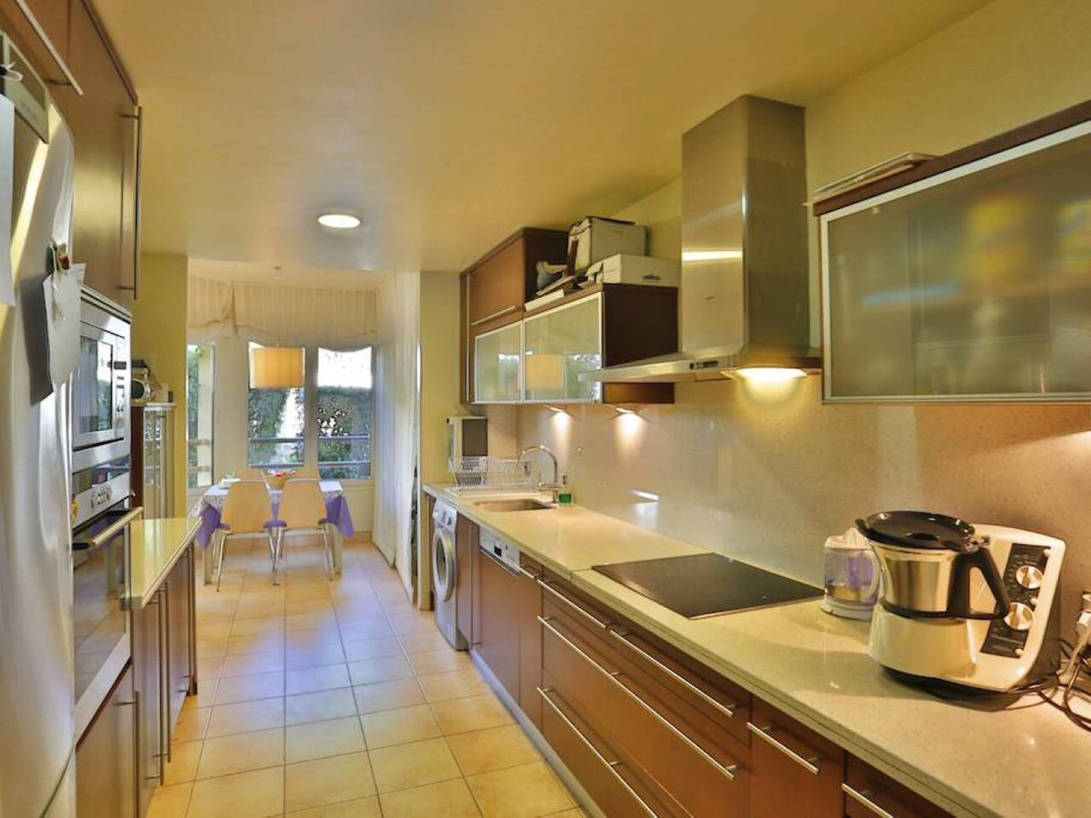Apartment for sale in Sierra Blanca
