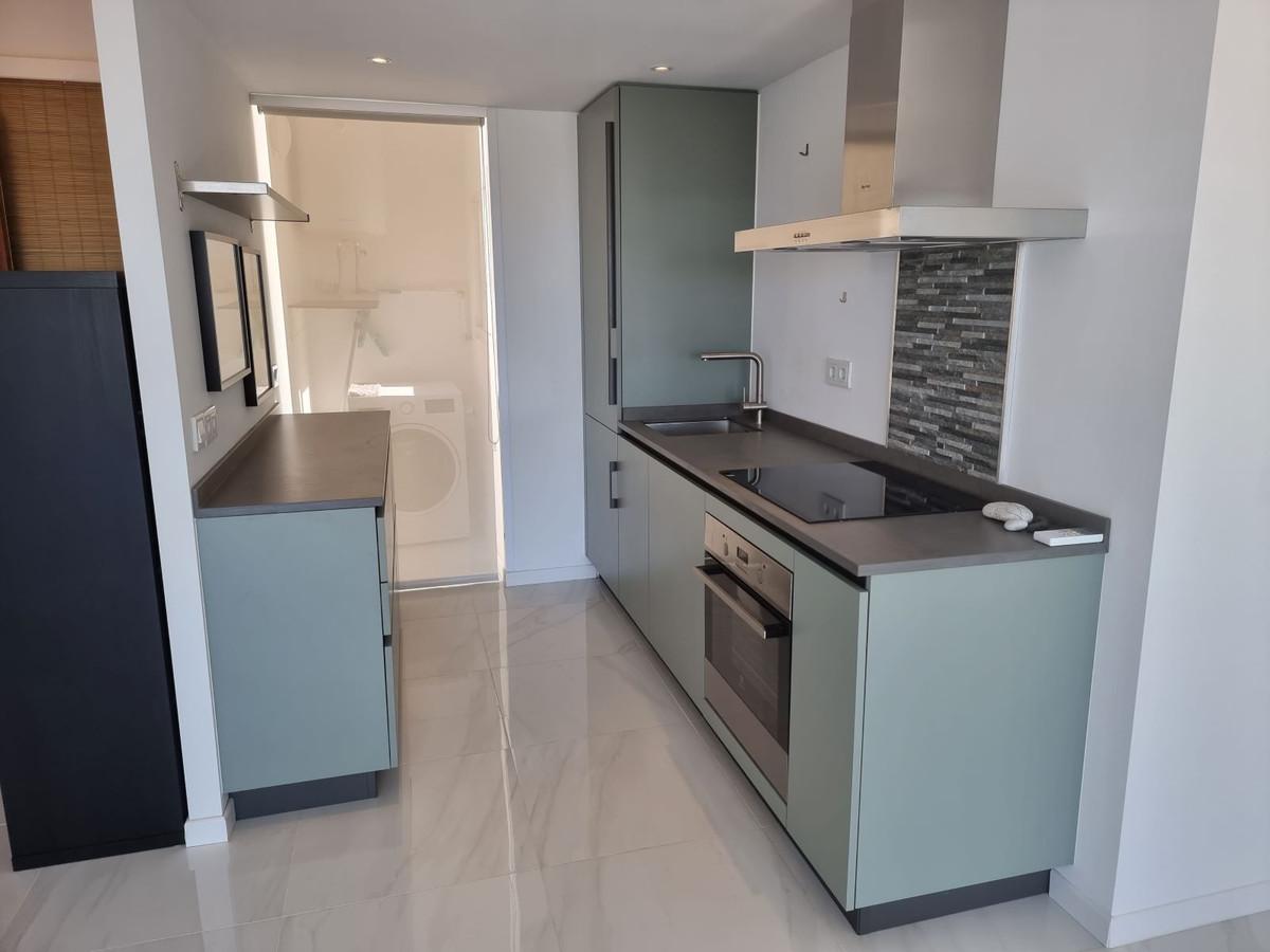 Apartamento en Venta en Marbella – R3909943