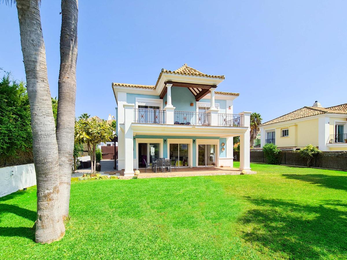 House - La Duquesa - R3711035 - mibgroup.es