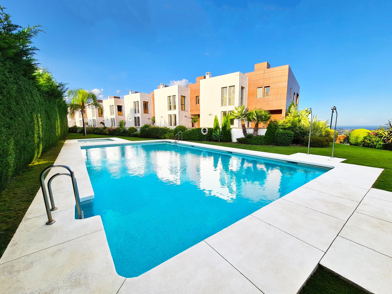 Casares Immo te koop appartementen penthouses huizen villa's nieuwbouw vastgoed 10