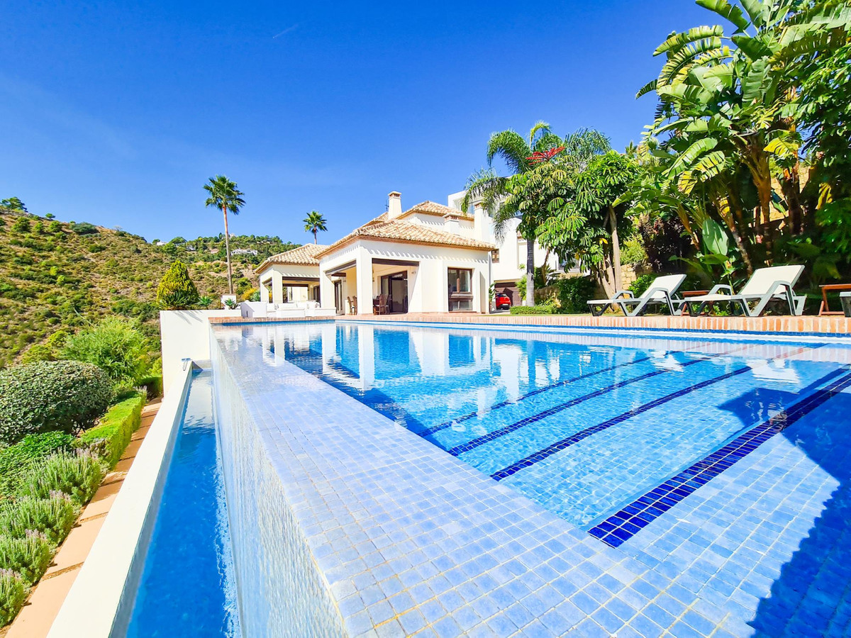 *** Luxury Andalusian Villa with Panoramic Sea Views & Golf-Front Location *** Situated in a Pri,Spain